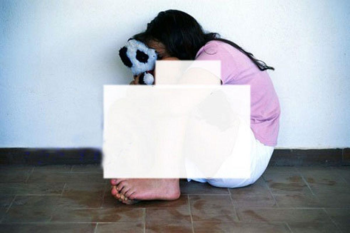 تجاوز وحشتناک پدر به دختر مظلومش + عکس