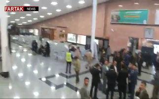 نگرانی خانوادههای سرنشینان هواپیمای سقوط کرده + فیلم