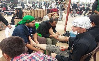 مهماننوازی و استقبال قابل تحسین مردم عراق از زائران حضرت سیدالشهدا(ع) +فیلم