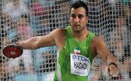 قهرمان جنجالی ایران در کنار ستارههای استقلال + عکس