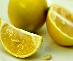 رفع بوی بد بدن با این میوه شگفت انگیز