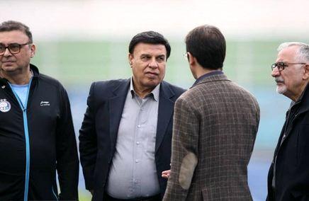 فرقی نمیکند تیم توسط چه کسی هدایت می شود/فتحی نباید به تنهایی تصمیم بگیرد!