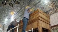 مراحل دیدنی از نصب نیمضریحهای خیمهگاه حسینی(ع) در کربلا +فیلم