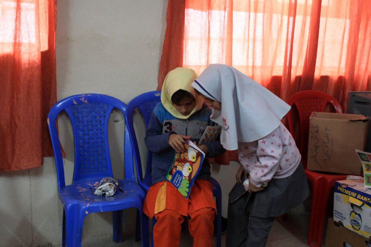 گزارش تصویری فعالیت کتابخانه مشارکتی پرفسور موسیوند در روستای ورکانه همدان
