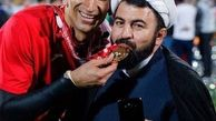 عکسی جالب از روحانی پرسپولیسی در جشن قهرمانی