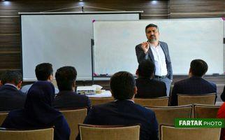 فن بیان و سخنوری با حضور استاد محمد علی حسینیان به روایت تصویر