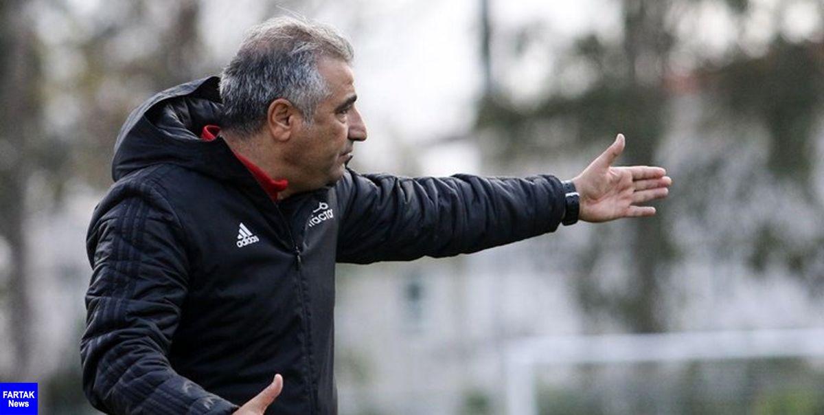 سرمربی تراکتور: نمیگویم که ما بهترین تیم ایرانیم، ولی مطمئن باشید هیچ تیمی بهتر از تراکتور نیست