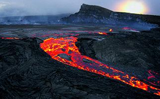 رودخانه مذاب در هاوایی+ فیلم