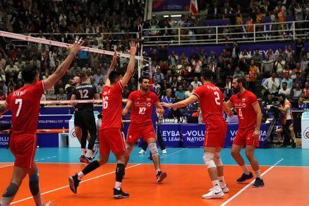 تیم ملی والیبال ایران کانادا را در هم کوبید