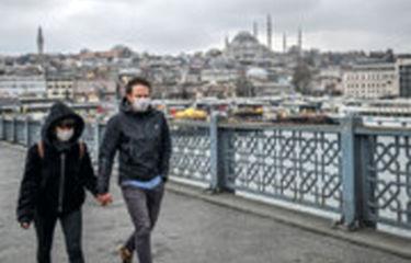 در استانبول فقط پرندهها پر می زنند!