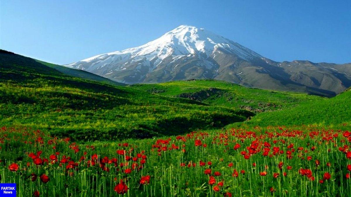 آزادسازی پلاکهایی از قله دماوند
