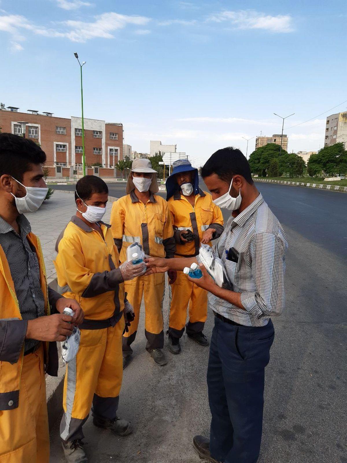 پاکبانان سمنانی درمرحله دوازدهم بسته های بهداشتی مقابله با کرونا دریافت کردند