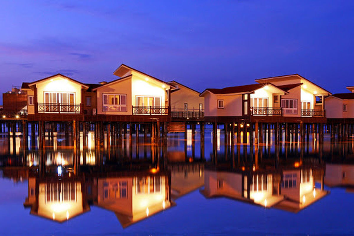 هتل ترنج کیش؛ اقامت رویایی بر روی دریا + تصاویر