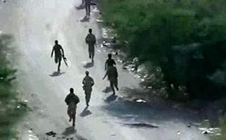 فرار متجاوزان سعودی در جیزان پس از حمله نیروهای یمنی + فیلم