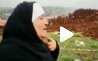 پیرزن لبنانی که سربازان صهیونیست را مورد عنایت قرار داد! +فیلم