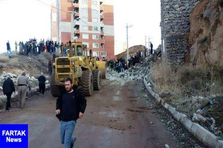 ریزش دیوار حایل مسکن مهر در مهاباد 2 کشته برجا گذاشت