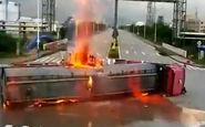 برخورد وحشتناک کامیون با تریلر حمل سوخت + فیلم