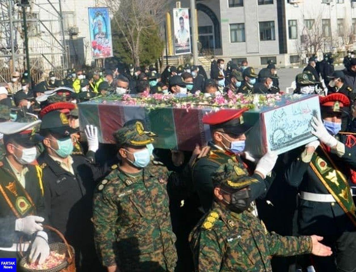 """ پیکر مطهر یک شهید گمنام در ستاد انتظامی """"کرمانشاه"""" آرام گرفت+تصاویر"""