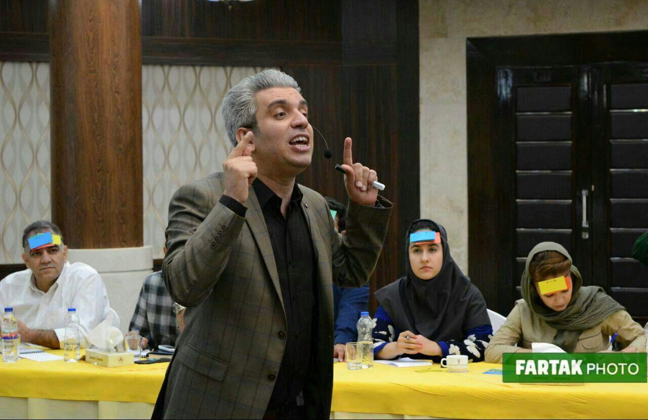 کارگاه آموزشی تکنیکهای ارتباط مؤثر با حضور مصطفی شهبازی در کرمانشاه