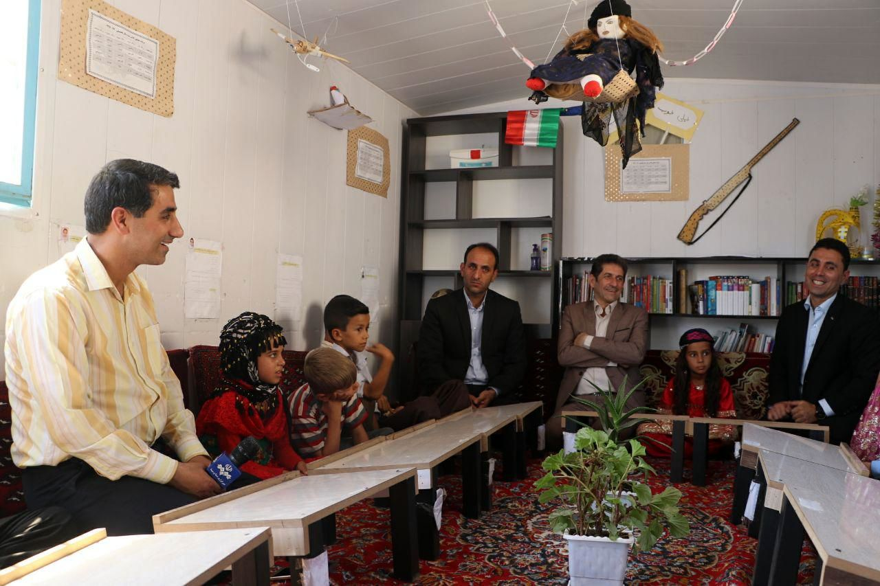 اهدای بیست دوچرخه  از سوی آموزش پرورش استان کرمانشاه به دانشآموزان روستای صفرشاه