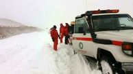 برف و باران و ترافیک در جادهها/ ۲۲ مسیر کشور مسدود است