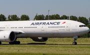 هواپیمای فرانسوی در اصفهان فرود اضطراری کرد