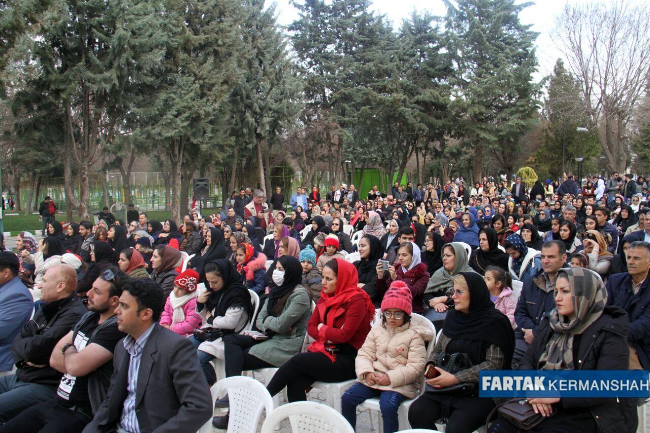 کرمانشاهیان با تخم مرغ های رنگی به استقبال بهار رفتند به روایت تصویر