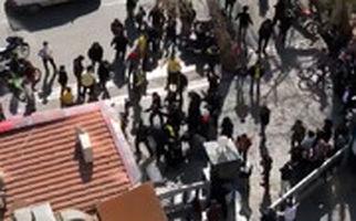 حمله موتورسواران به هواداران پرسپولیس