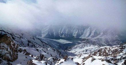 کوهنوردان مشهدی در ارتفاعات اشترانکوه اسیر طوفان شدند/ 8 نفر همچنان مفقود