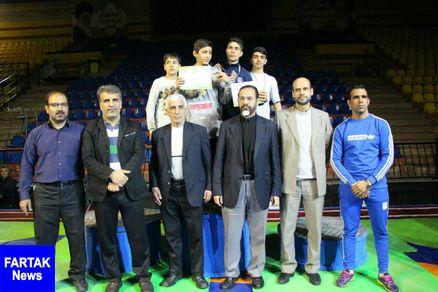 منطقه 12 نایب قهرمان مسابقات کشتی فرنگی دانش آموزان شهر تهران شد