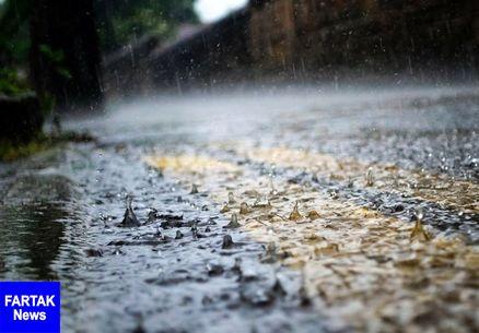 بارش باران در جادههای ۶ استان/ ترافیک نیمه سنگین در آزادراه تهران-قم-تهران