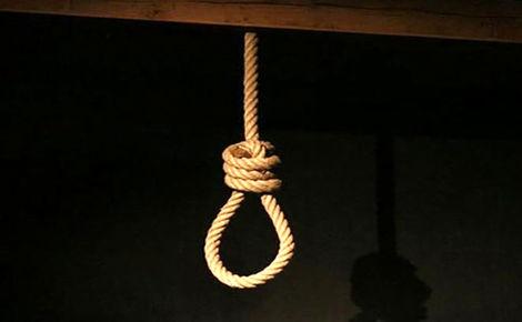 اتفاقی عجیب برای مرد اعدامی زیر طناب دار