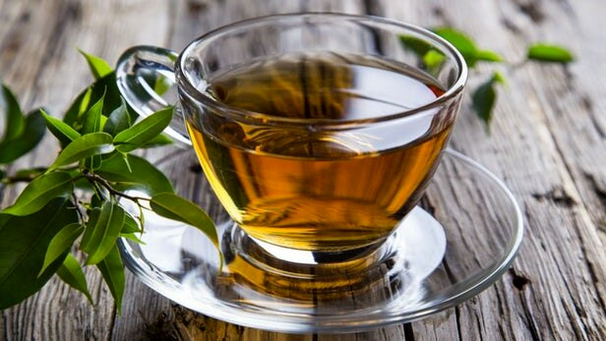 """از مضرات مصرف زیاد چای """"سبز"""" و """"سیاه"""" آگاه شوید"""