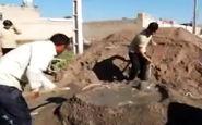 دستان کوچکی که دستان تهیدستان را میگیرند + فیلم