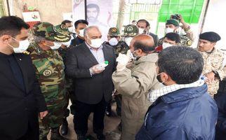 گزارش تصویری بازدید استاندار کرمانشاه از مراکز تولید مواد ضدعفونی کننده سطوح در پادگان شهید سروران ارتش