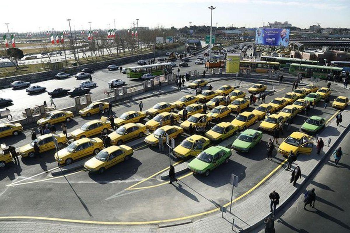 حضور و غیاب تاکسیها در روزهای برفی