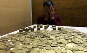 کشف ۱۳۰۰ سکه عتیقه از مسافران متروی تهران