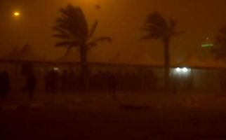 فیلمی از هوای طوفانی مهران در شب گذشته