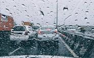 بارش برف و باران در محورهای ٩ استان