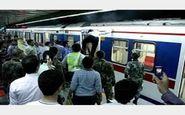 2 مرد در کابین زنان مترو وحشت آفرینی کردند ! / در مشهد رخ داد