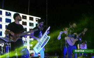 گزارش تصویری اجرای از مجید خراطها در جشنواره شبهای نیلوفری کرمانشاه