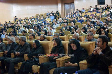 اختصاصی/ برگزاری مراسم اولین سالگرد درگذشت عارف لرستانی در کرمانشاه به روایت تصویر
