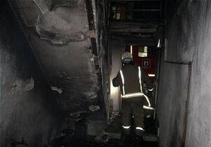 پرتاب دختر سه ساله از طبقه دوم برای نجات از آتش +عکس
