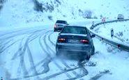 بارش برف در محورهای ١٠ استان