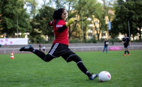 حمیده حمیدی؛ قهرمان تورنمنت مسابقات فوتبال  زنان در آلمان
