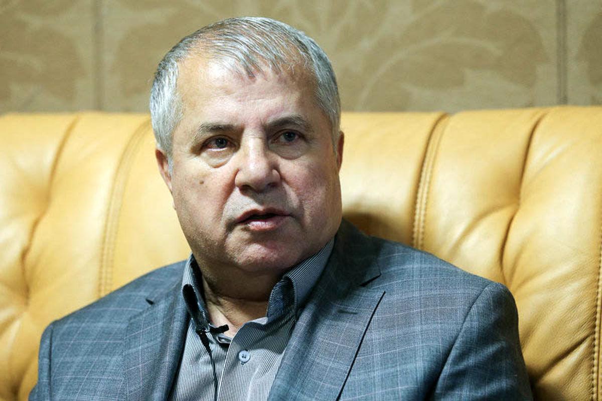 انتقاد شدید علی پروین از عادل فردوسی پور