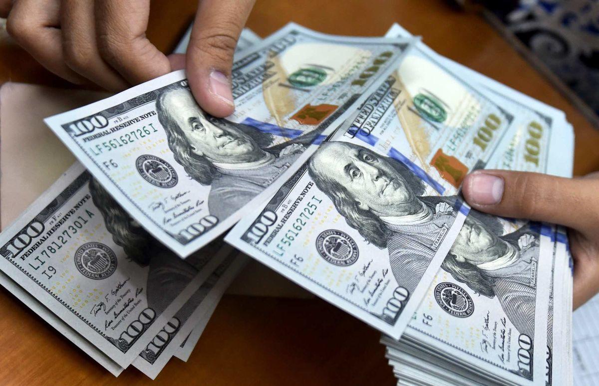 پیش بینی آینده دلار/ریزش سنگین قیمت دلار اتفاق نمیافتد
