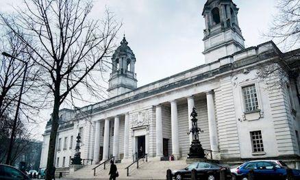 قاضی؛ مادر روانی را برای سوء سوء استفاده از دخترش به13سال زندان محکوم کرد