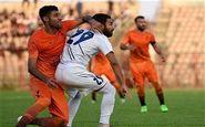 فرار بازیکنان بادران به رختکن/ هواداران نفت مسجدسلیمان غوغا به راه انداختند