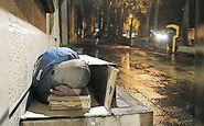 یک زن کارتن خواب در تهران با علایمی مشکوک به کرونا فوت کرد